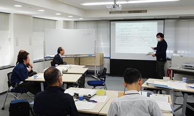 審査員研修コース講義風景4
